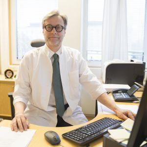 Hus:n johtajaylilääkäri Markku Mäkijärvi