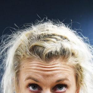 Anni Vuohijokis ögon och huvud.