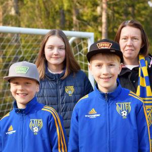 Ett familjeporträtt på Ahrenbergs.