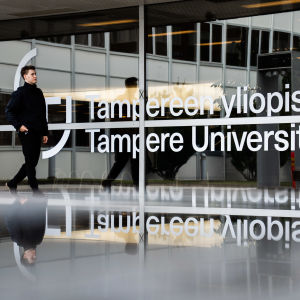 Tampereen yliopiston julkisivu.