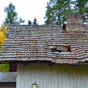 Taket på en gammal hönsgård.