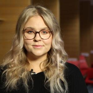 Annina Nyholm på Tukes övervakar bioresonansföretagare, men har begränsade befogenheter.