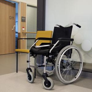 En rullstol