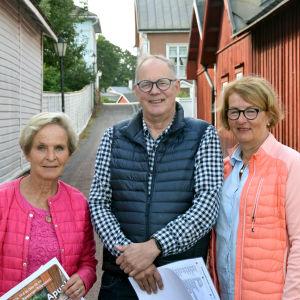Personporträtt på Viveca Blomberg, Christian Gröndahl och Satu Torstila