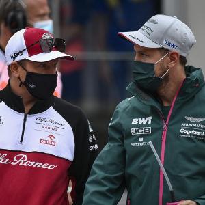 Kimi Räikkönen ja Sebastian Vettel Itävallan GP-viikonloppuna 4.7.2021