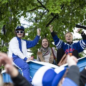 Jääkiekon mm 2019 juhlintaa Kaisaniemen puistossa