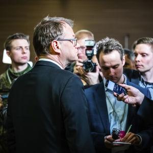 Eduskuntavaalit 2019. Pikkuparlamentin tulosilta. Juha Sipilä haastattelussa.