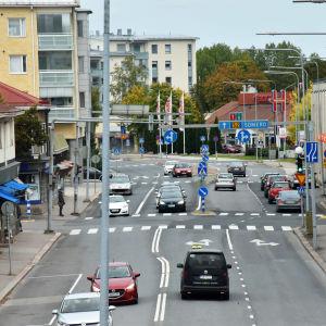 Trafik i centrum av Salo