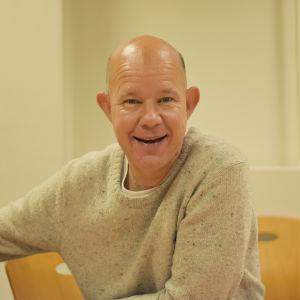 Porträttbild på Kaj Kunnas.