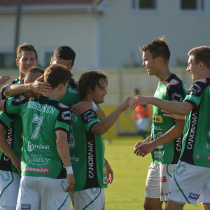 KPV firar Sebastian Mannströms 3-0 mål.