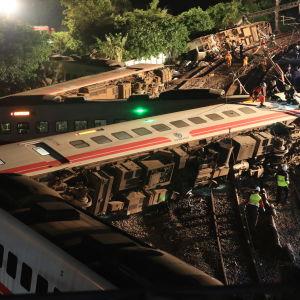 Urspårade vagnar i Yilan i Taiwan den 21 oktober 2018.