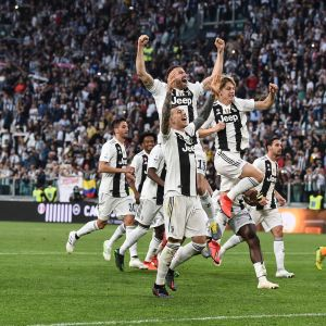 Juventusspelarna firar.