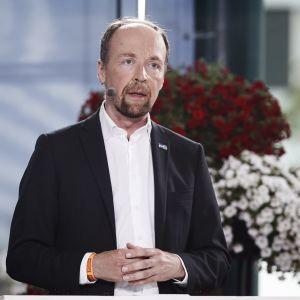 Jussi Halla-aho talar i Björneborg den 18 juli 2019.