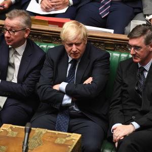 Storbritanniens premiärminister Boris Johnson under tisdagens debatt i parlamentet.