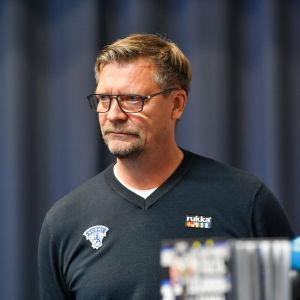 Den 28 oktober presenterade Jukka Jalonen laget till EHT-hemmaturneringen.