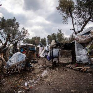 Asumuksia pakolaisleirillä