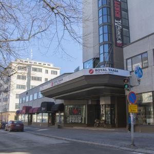 Utomhusbild av Sokos Hotel Royal Vaasa.
