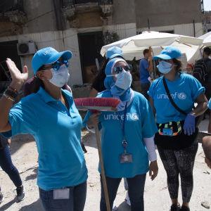 Unicefarbetare på gatan i Beirut efter explosionen 4.8.2020