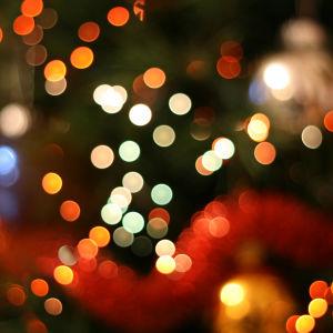 Epätarkkoja joulukoristeita