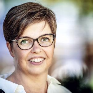 Porträttfoto på Siv Sandberg