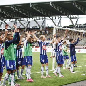 Pelaajia miesten Mestarien liigan ensimmäisen karsintakierroksen ensimmäisessä ottelussa HJK vs FK Buducnost Helsingissä 6. heinäkuuta 2021.