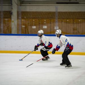 Pesäpalloilija ja Ringeten pelaaja Virpi Hukka