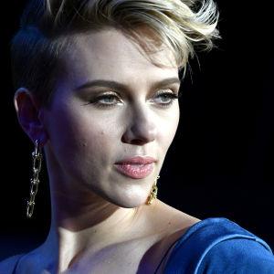 Scarlett Johansson närbild.