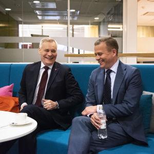 Antti Rinne (sd.), Jussi Halla-aho (ps.), Petteri Orpo (kok.) ja Juha Sipilä (kesk.) käyvät eurovaalikeskusteluun Kirsi Heikelin johdolla.