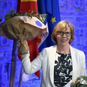 RKP:n puheenjohtajaksi uudelleen valittu oikeusministeri Anna-Maja Henriksson RKP:n etäyhteyksin pidetyssä puoluekokouksessa Helsingissä 30. toukokuuta.