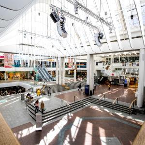En överblick över köpcentret Hansa i Åbo