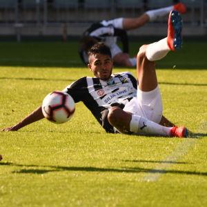 Aldayr Hernandez.