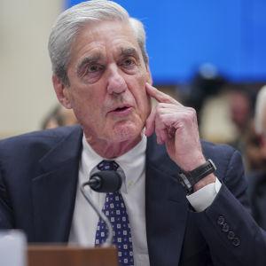 Robert Mueller talar i kongressen i slutet av juli 2019.