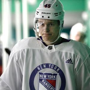Kaapo Kakko representerar New York Rangers.
