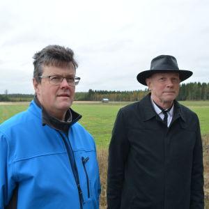 Ole Lillqvist och Tommy Olin, medlemmar i gruppen som förhandlar med vindkraftsbolagen för markägarnas räkning.