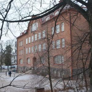 Zacharias Topeliusskolan.