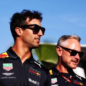 Daniel Ricciardo med Jonathan Wheatley från Red Bull Racing.