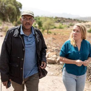 Getachew Reda mötte Yles reporter Liselott Lindström i Tigray i Etiopien.