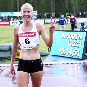 Camilla Richardsson löpte nytt personligt rekord på 5 000 meter i Lapinlahti.