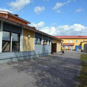 Byggarbetare vid Hindhår skolcenter i Borgå