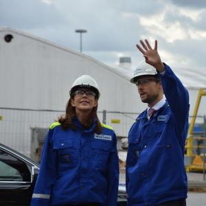 Kronprinsessan Mary och Jan Meyer vid varvet i Åbo