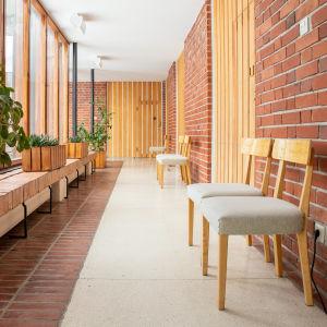 Käytävä Säynätsalon kunnantalolla.