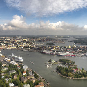 Eteläsatama ja Katajanokan satama Helsingissä.
