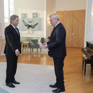 Pääministeri Antti Rinteen ero / Tasavallan Presidentti Sauli Niinistö / Mäntyniemi 03.12.2019