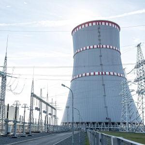 Ydinvoimala Valko-Venäjällä.