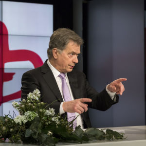 Presidentti Niinistö valmistautuu Yhteisvastuu 2018 -avauspuheeseen.