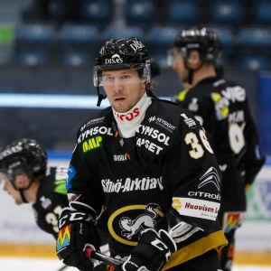 Jussi Jokinen i Kärpäts tröja
