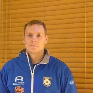 Porträttbild på Niklas Hyvärinen