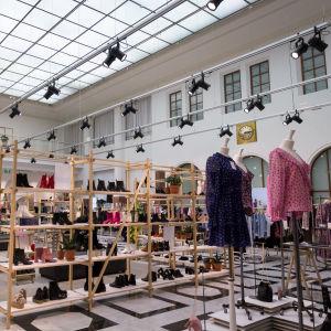 Klädbutik i köpcentret Galleria Esplanad i Helsingfors.