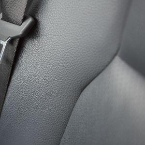 Ett säkerhetsbälte i en personbil.