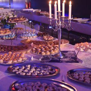 Både sött och saltigt serverades på självständighetsfesten i Ingå.
